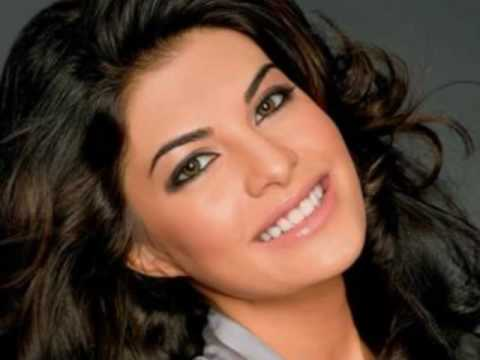 jacqueline fernandez in Song Sehra Sehra from (Marega Salaa) .wmv