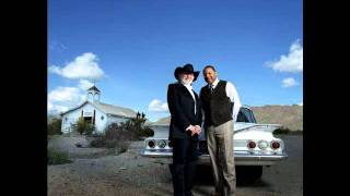 Watch Willie Nelson Aint Nobodys Business video
