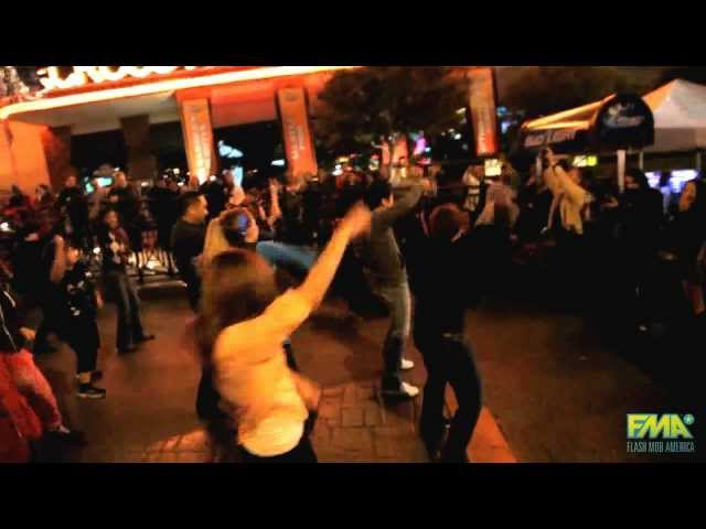 Justin and Jeannie's Marriage Proposal Flash Mob - Vegas