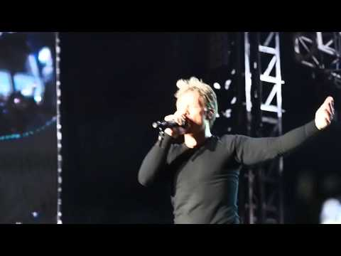 Bon Jovi - It's My Life (Live in Singapore GP)