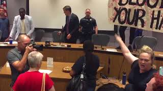 Antifa Hoe Thots Shake Their Blubber Thangs On Charlottesville City Council Desk