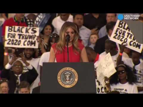 Melania Trump says the Lord's Prayer at Florida Rally!