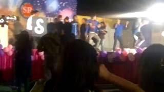stage dance on honey singh songs