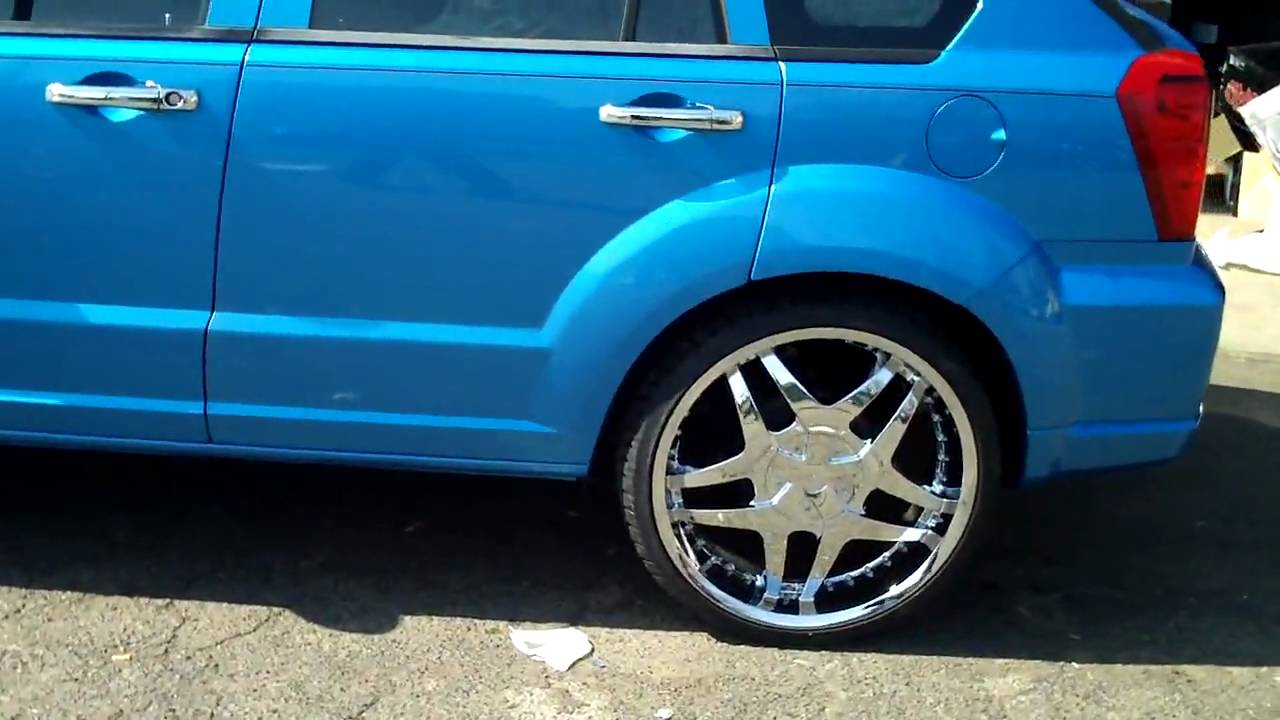 Dodge Caliber on 22's - YouTube