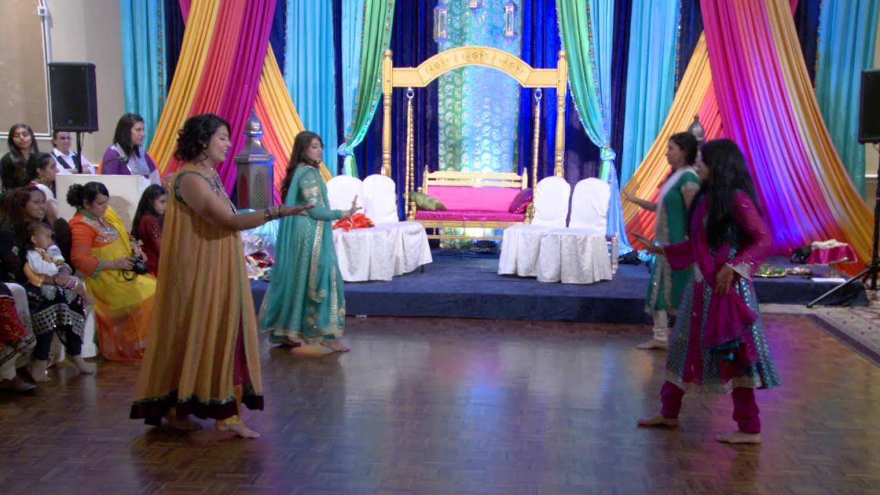 Mehndi S For Wedding Dance : Dance at an indian wedding mehndi ceremony sagan
