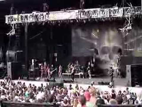 STATIC X OZZFEST 2007 7-30-2007 KANSAS CITY HUSTLER GIRLS Video