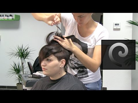 extreme undercut hair makeover, clipper haircut women at die haarschneiderei ""