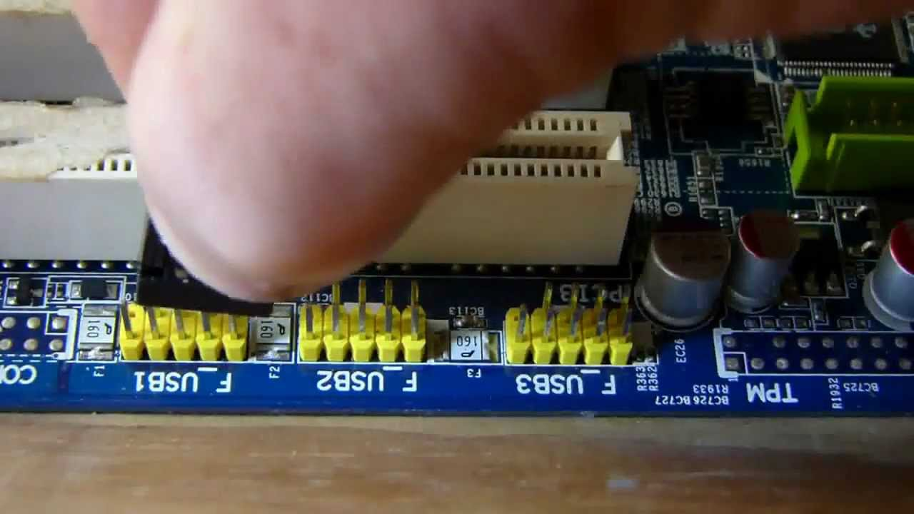 how to connect front panel connectors to the motherboard