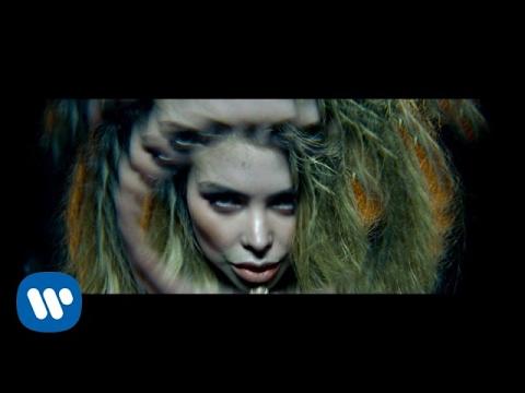 0 - J Balvin – Te Llamo (Official Video)