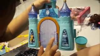 bé Nana khui quà sinh nhật , Nhiều Búp bê và đất sét , Ngôi nhà lâu đài