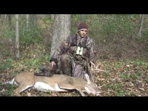 eight point bow hunt deer hunting video