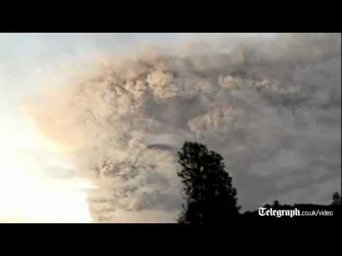 Lightning and ash as Chile volcano erupts