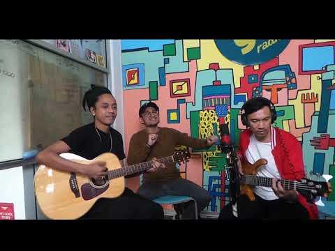 Download  Lalahuta - Tunggu Apa Lagi live on #AfternoonCrowd googoo.fm Gratis, download lagu terbaru