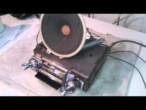Restored Delco 988414 Chevrolet car radio from 1960. Working fine....