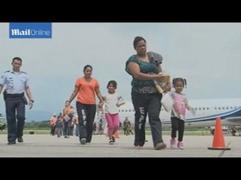 First US Flight Deports Honduran Kids Under Fast-Track Drive