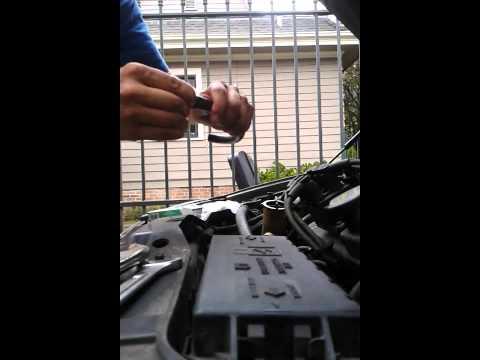 Intake vacuum leak test - 2002 Taurus