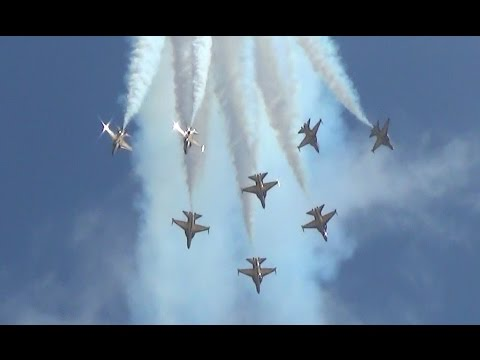 Singapore Air Show 2016 RoKAF Black Eagles 블랙이글스 Aerobatic Display Feb 21th,2016
