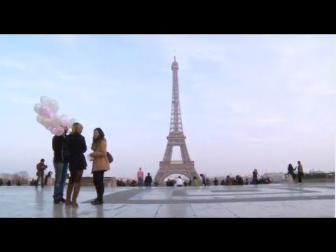 Paris travel money tips