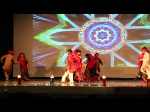 Diwali 2013 Gujarati Samaj Show:  Dholida Dhol Dhimo Vagad Ma...