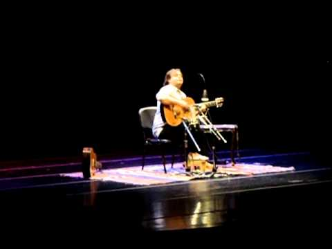Yamandú Costa Sesc Vila Mariana- Porro- Suite colombiana N3