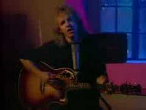 Peter Frampton - Holding On To You