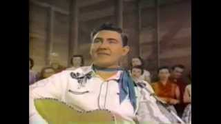 Watch Webb Pierce dont Do It Darlin That Heart Belongs To Me video