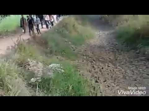 MERE HUSSAIN KO ROTE RAHO DUA DUNGE--Shadman Raza
