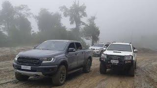 2019 Ford Ranger Raptor vs Toyota Hilux vs Nissan Navara - Extreme 4x4 Challenge !!