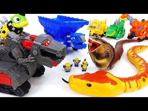 Giant Snakes Alert~! Go Dinotrux Defeat Monsters With Battle Armor - ToyMart TV
