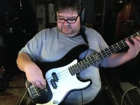 ESP LTD Vintage 204 Bass - Review