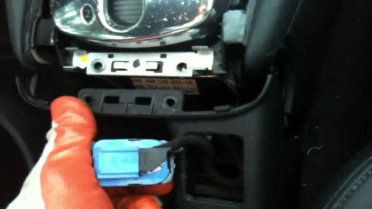 Audi 1999 A6 Airbag Unit Removal Part 1 Youtube
