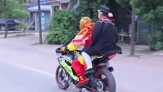 Hài Hước - Ngộ Không và Trư Bát Giới thử xe mô tô