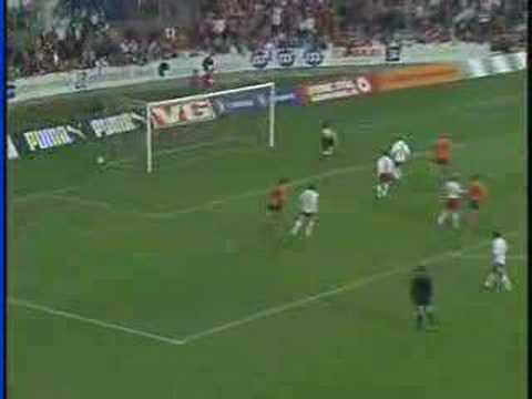 Bechara Oliveira's goal in the game between AaFK and FFK.