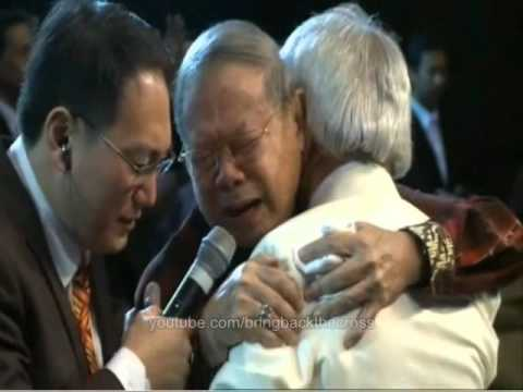 Pastor Alex prayed over Benny Hinn @ Bethany Church