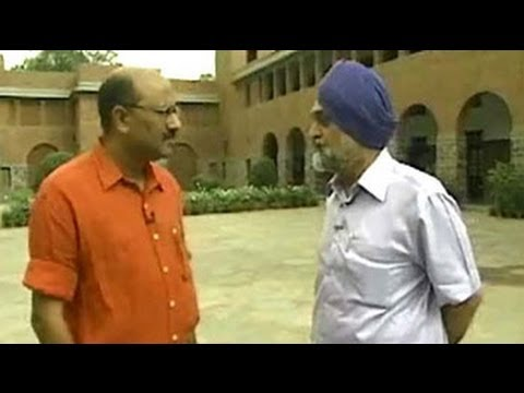 Walk The Talk: Montek Singh Ahluwalia (Aired: Jaunary 2008)