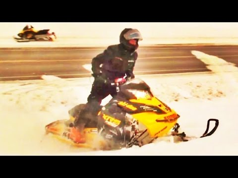 Snowmobile BRAAAP!