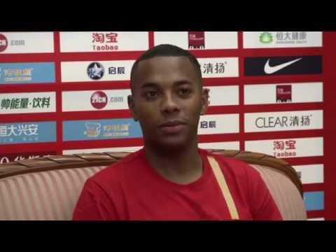 Robinho unveiled in China