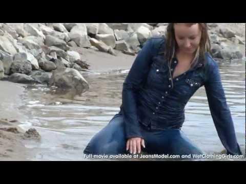 Pre-release of Femke in wet jeans by G-Star 3301