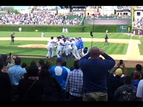 Darwin barney walk off winner cubs vs padres