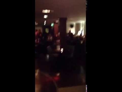 Manchester United Players singing United Chants - Danny Welbeck singing