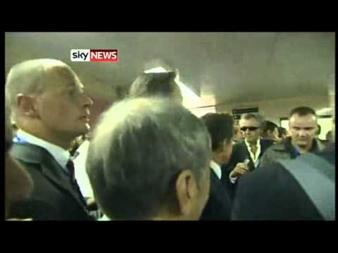 Libya: David Cameron Given Hero's Welcome