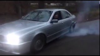 FaceGarage E39 massive burnout