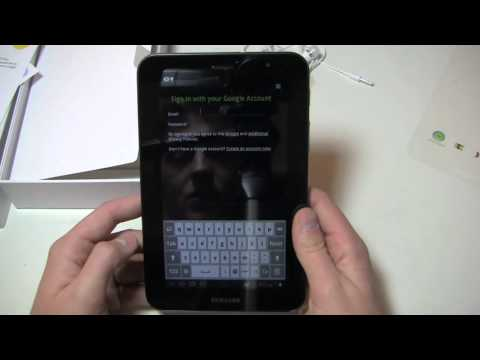 Samsung Galaxy Tab 7.0 Plus Unboxing (3)