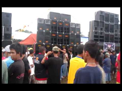 BATTLE OF THE BEST SOUNDSYSTEM 2012,,CALINOG,ILOILO,PHILIPPINES..
