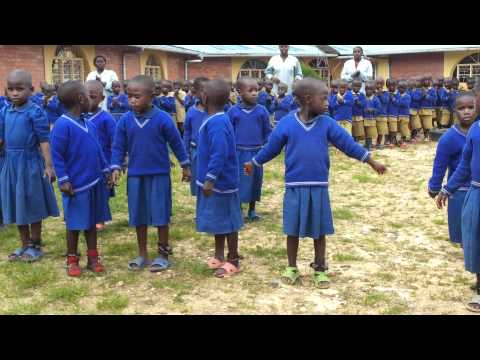 African dance of children in FDZ Mission of Gatare, Rwanda, Central-East Africa .mp4
