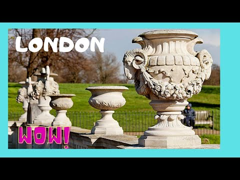 Beautiful Italian Gardens and Fountains at Hyde Park, London (England)