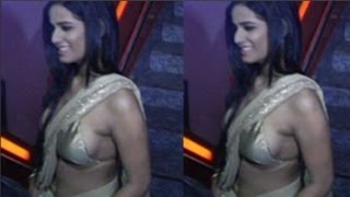 Poonam Panday Revealing Choli Hot Never Seen