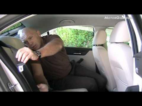 Seat Toledo 2012, análisis asientos traseros y maletero