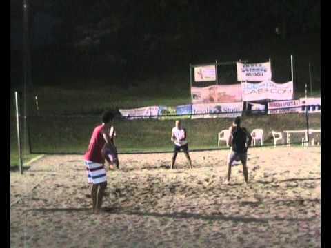 finale maschile torneo beach tennis imola 2011 parte 2.wmv