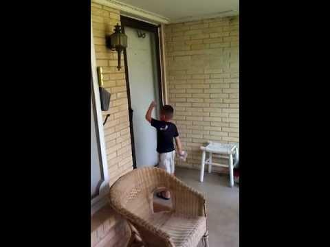 Oklahoma City Process Server Tricks Evasive Edmond Man With Child's Help